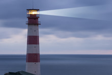 Lighthouse Searchlight Beam Th...