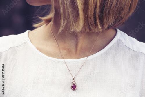 Foto Luxury necklace with gem stone pendant