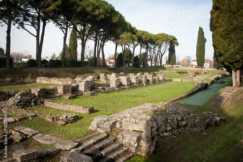 Area archeologica di Aquileia, Domus di Tito Macro, vista panormaica Canvas Print