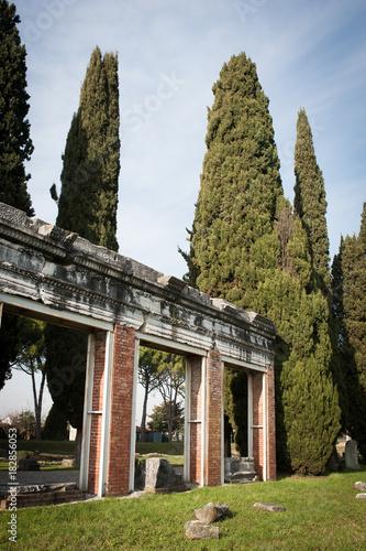 Area archeologica di Aquileia, Domus di Tito Macro, muro perimetrale Canvas Print
