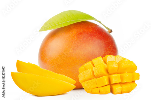Cadres-photo bureau Fruits Red mango with leaf and slice cube isolated white background