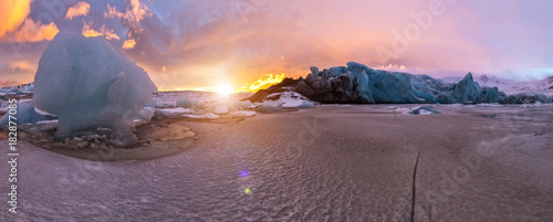 Aluminium Prints Salmon Top of glacier floes with sunny sky, Iceland