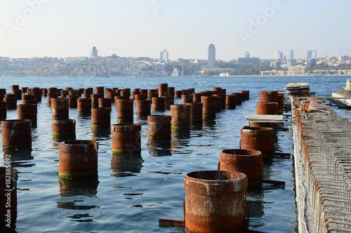 Fotografia  Istanbul, Landgewinnung am Bosporus