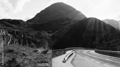 Keuken foto achterwand Grijze traf. A Scottish Mountain Road