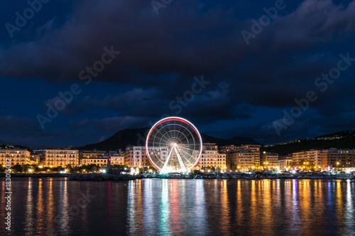 Obraz na płótnie salerno dal mare con ruota panoramica