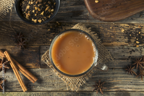 Spoed Fotobehang Thee Organic Hot Chai Tea Drink