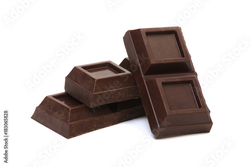 Staande foto Zuivelproducten chocolate bar isolated on white