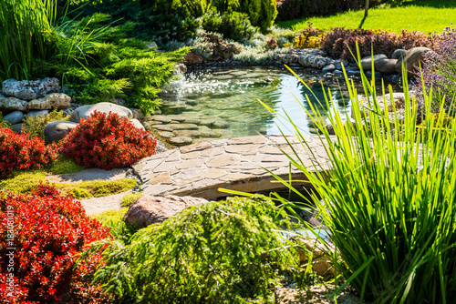 Papiers peints Jardin beautiful landscaping with beautiful plants
