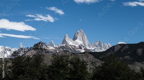 Fotomural Montagnes Fitz Roy et Cerro Torre depuis El Chalten en Argentine