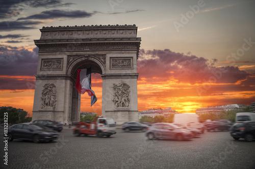 Fotomural triumphal arch on the Champs Elysées
