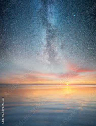 Seascape and night sky. Beautiful natural summer seascape Fotomurais