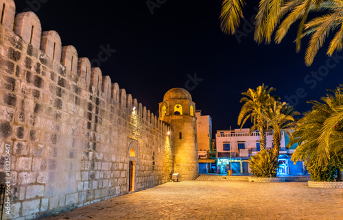 Poster Tunesië The Great Mosque of Sousse at night. Tunisia