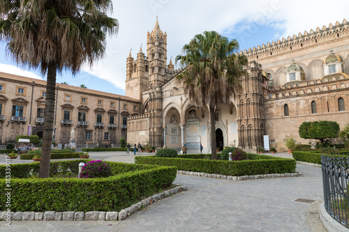 Cadres-photo bureau Palerme Palermo Cathedral (Metropolitan Cathedral of the Assumption of Virgin Mary) in Palermo, Sicily, Italy. Architectural complex built in Norman, Moorish, Gothic, Baroque and Neoclassical style