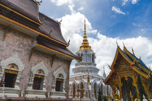 Deurstickers Bedehuis building of beautiful thai temple on sunny day