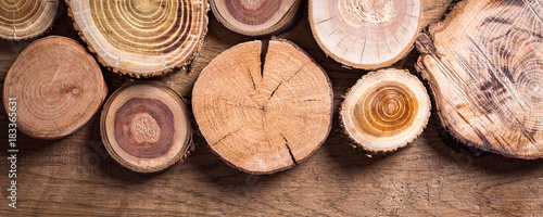 Photographie  wooden spills on a wooden background