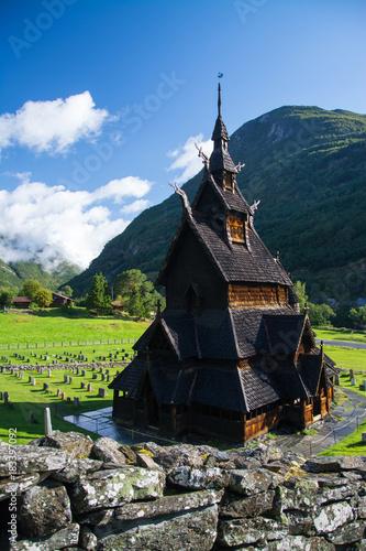 Foto op Aluminium Scandinavië Stabkirche Borgund, Sogn og Fjordane, Norwegen