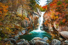 昇仙峡仙娥滝の秋風景...