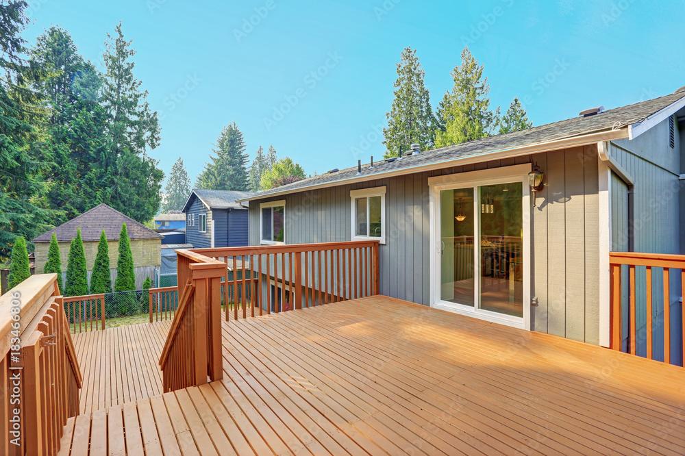 Fototapety, obrazy: Empty walkout deck with redwood railings