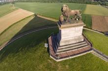 Waterloo Lion Butte  Champ Bataille Panorama Centre Visiteur Tourisme Commemoration Aerien  Paysage 1815 18 Juin  Planete Environnement Pollution Pierre Socle
