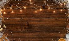 Weihnachtszeit - Advent - Lichterkette, Weihnachtliche Deko Und Schnee