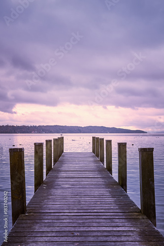 Poster Campagne Empty wooden pier on Lake Starnberg in Bavaria, Germany