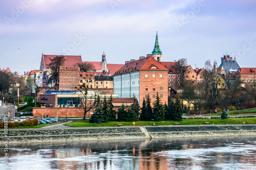 Foto op Plexiglas Japan Torun, Panorama view from opposide bank of Vistula river, one of the most beautiful cities in Poland