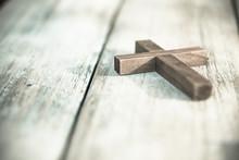 Vintage Wooden Christian Cross...