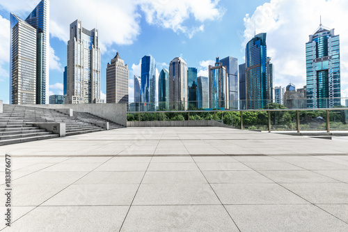 Photo  Shanghai city square and modern commercial building scenery,China