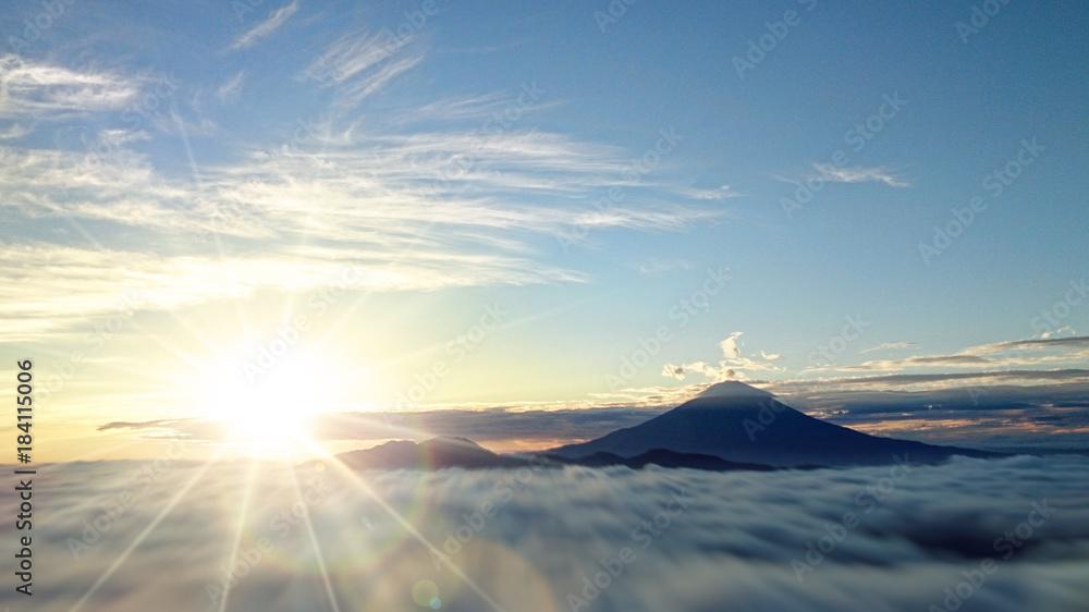Fototapety, obrazy: 富士山と日の出