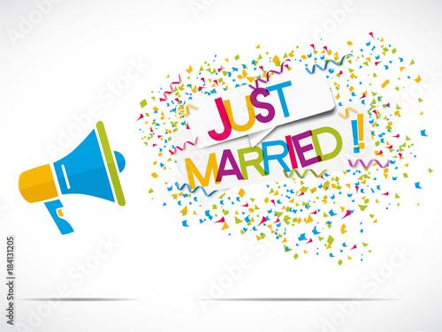 Valokuva megaphone : just married
