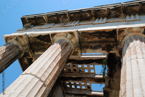Photo  Columns of The Temple of Hephaestus or Hephaisteion, Agora of Athens, Greece