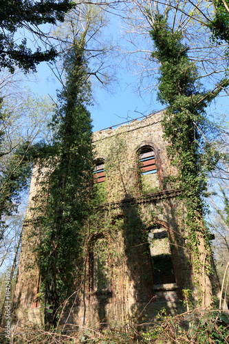 Foto op Aluminium Rudnes Alte Ruine am Piesberg, Osnabrück, Deutschland