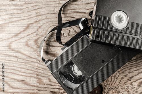 Valokuva  cassettes, discs, background