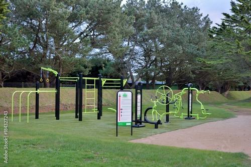Photo Aire de gymnastique dans un parc en Bretagne