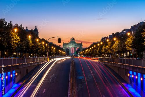 Foto op Canvas Brussel Arche du cinquantenaire depuis Tervuren