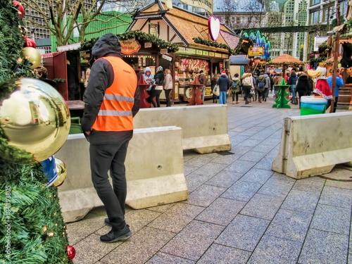 Fotografía  Weihnachtsmarkt, Terrorgefahr