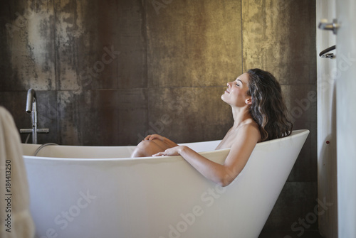 Fotomural Relax in the bathtub