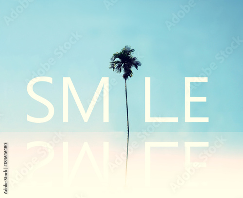 Fotomural Smile. Positive inspirational quote about happy.
