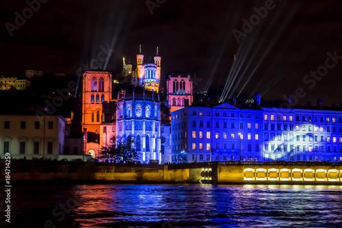 Obraz Fête des lumières à Lyon , Fourvière . - fototapety do salonu