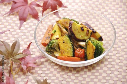 Photo 秋野菜の焼きサラダ