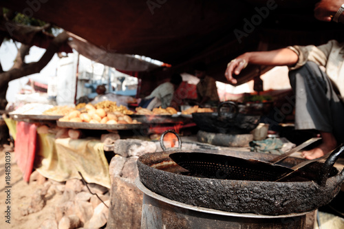 Photo  Indian Food At A Market Stall