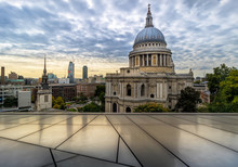 St Paul's Cathedral And City S...
