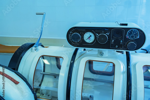 Photo  Hyperbaric oxygen therapy chamber tank