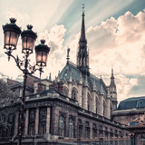Fototapeta Paryż - Sainte Chapelle and viewed from the entrance of the court in Paris
