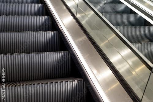 Cuadros en Lienzo Metal Escalators with Nobody