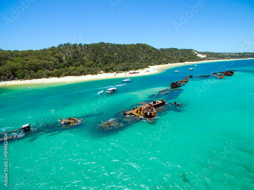 Tuinposter Schipbreuk An aerial view of the Shipwrecks on Moreton Island, Queensland, Australia