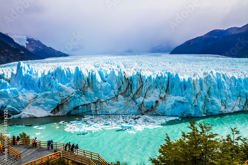 Poster Glaciers The world's third largest fresh water reserve