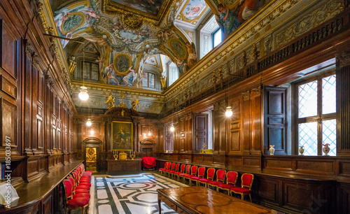 Photo The sacristy in the Church of Saint Andrew's at the Quirinal in Rome, Italy