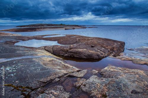 Valokuva  The shoreline of the Ladoga Lake