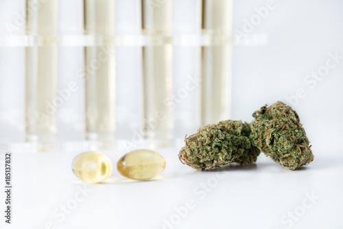 Photo  Medizinische Cannabis Ölkapseln